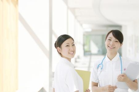 病院で働く人